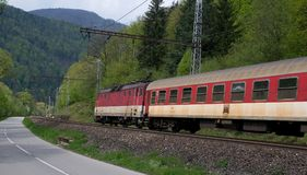 Elektrisk lokomotiv 162 005-3 - slovakiska järnvägar Arkivfoto
