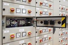 elektrisk panel för bräde Arkivfoton