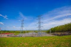 Elektrisk powerplant i Panama, vid det Panamerican Arkivbild