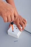 elektrisk reparationsstickkontakt Royaltyfri Bild
