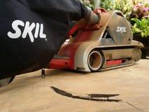 Elektrisk slipmaskin för Dusty Skil märke royaltyfria foton