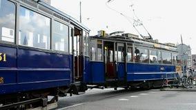 Elektrisk spårvagn för arv, Amsterdam, Nederländerna, lager videofilmer
