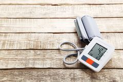 Elektrisk tonometer Arkivbild