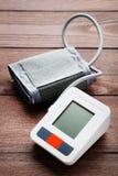 Elektrisk tonometer Royaltyfri Foto
