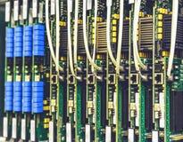 Elektrisk utrustning, utskrivavna bräden i datorhallen för nätverksserver, telekommunikationutrustning royaltyfria foton