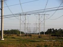 Elektriska överföringspowerlinetorn Royaltyfri Foto