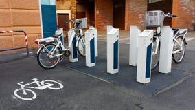 Elektriska cyklar Arkivfoto