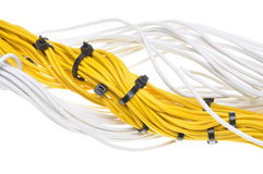 Elektriska guling- och vitkablar Fotografering för Bildbyråer