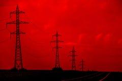 Elektriska kraftledningar Royaltyfri Bild
