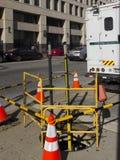 Elektriskt infrastrukturreparationsarbete Arkivfoton