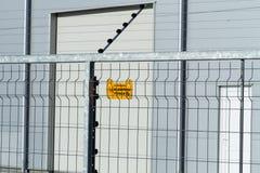 elektriskt staket royaltyfri bild