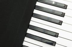 elektriskt tangentbordpiano arkivfoto