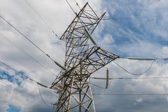 Elektrizitätsübertragungsturm Stockfoto
