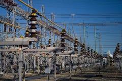 Elektrizitäts-Rasterfeld Lizenzfreies Stockbild