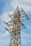 Elektrizitätszeile Stockfotos