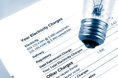 Elektrizitätsrechnung Stockbild