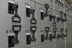 Elektro controlesysteem in fabriek stock foto
