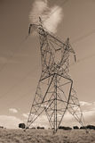 Elektro machtslijnen in hemel Royalty-vrije Stock Fotografie