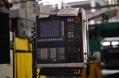 Elektrocontrolebord met knopen op de lancering van industriële machines royalty-vrije stock afbeelding