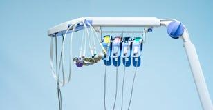 Elektrokardiogram dla wykrywającego anormalnego tętna który klinicznego klatka piersiowa ból w izbie pogotowia w szpitalu w pacje obraz royalty free