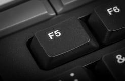 Elektroniczna kolekcja - szczegółu komputer Ostrość na F5 kluczu Fotografia Royalty Free