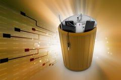 Elektroniczny odpady w kubeł na śmieci Zdjęcia Stock