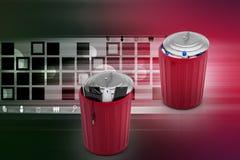 Elektroniczny odpady z klingerytu odpady w zielonym kubeł na śmieci Obraz Royalty Free