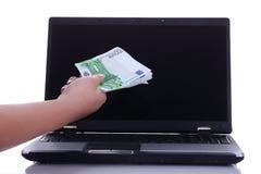 Elektroniczny przelew pieniędzy Zdjęcie Royalty Free