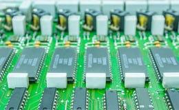 Elektroniczny składnik z obwód deski zakończeniem up Obrazy Stock