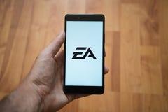 Elektroniczny sztuka logo na smartphone ekranie Zdjęcia Royalty Free
