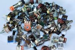 Elektronika dodatkowe części z białym tłem zdjęcia royalty free