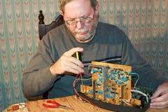 Elektronikareparatie royalty-vrije stock afbeelding