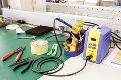 Elektroniki wyposażenia zgromadzenie miejsce pracy Obrazy Royalty Free