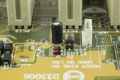 Elektronische Bauelemente/Makrotrieb Stockfotos