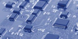 Elektronische Leiterplatte mit Prozessor Stockbild