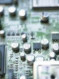 Elektronische microschakeling met microchips en condensatoren genomen close-up Royalty-vrije Stock Foto's