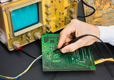 Elektronische Prüfung stockfoto