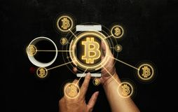 Elektronisches Geld, blockchain Übertragungen und Finanzkonzept Lizenzfreie Stockfotos