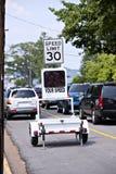 Elektronisches Verkehrsüberwachungsgerät, das Höchstgeschwindigkeit zeigt Lizenzfreies Stockbild
