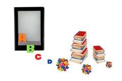 Elektronisk bok som e-lär, information i eBook, modern educa Arkivbild