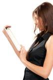 elektronisk kvinnlig som rymmer ny blocktablettouch Royaltyfria Bilder