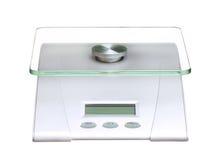 Elektronisk matskala och digitalt som isoleras på vit royaltyfri foto