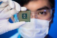 Elektronisk mikrochips Arkivbild