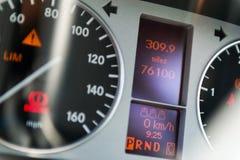 elektronisk navigering för bilkonsolinstrumentbräda Royaltyfri Bild
