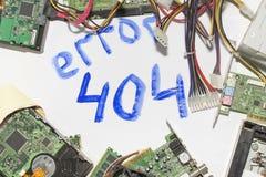 Elektronisk strömkrets på en vit bakgrund, bästa sikt, inskriftfel 404 Royaltyfria Bilder