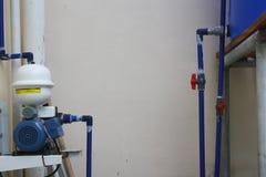 Elektronisk vattenpump Arkivbild