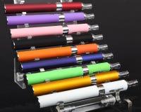 Elektroniska cigaretter Royaltyfri Fotografi