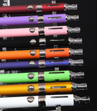 Elektroniska cigaretter Arkivbild