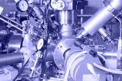 Elektroniska delar av JONacceleratorn Arkivbild