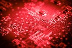 Elektroniska microcircuits för dator Makro Rött Royaltyfria Foton